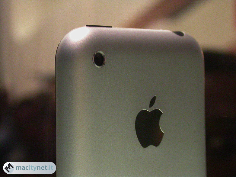 iPhone, le prime immagini dal vivo