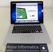 L'unpackaging italiano del primo MacBook Pro Retina