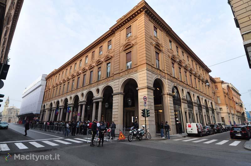 Apple Store Torino, la galleria fotografica degli interni