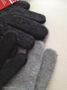 SkinGloves contro iTechGloves: questo inverno iPad e iPhone si affrontano con i guanti