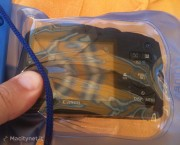 La custodia impermeabile per fotocamera di AnyCast Solutions in prova
