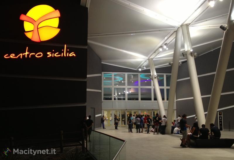 File per iPhone 5 in Italia presso gli Apple Store: macitynet segue quella di Catania