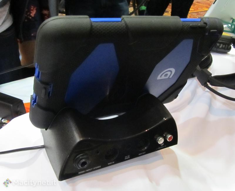 CES 2013: Seagate Wireless Plus Mobile, si evolve lo storage senza fili