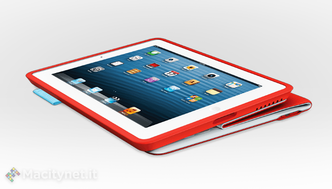 iPad in stile Microsoft Surface con la nuova Logitech FabricSkin Keyboard Folio