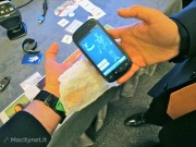 Applicazione in campo medicale: la garza ha un RFID che colloquia con il banco degli strumenti. In questo modo si tiene traccia di quante ne sono state utilizzate per evitare di dimenticarle ... all'interno del paziente.
