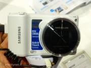 Photoshow: Samsung presenta le nuove fotocamere connesse Smart Camera e NX300