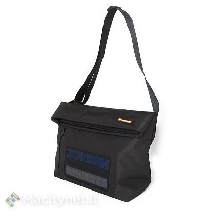 E-Mission: borse, zaini e cover ricaricano i gadget digitali con la luce