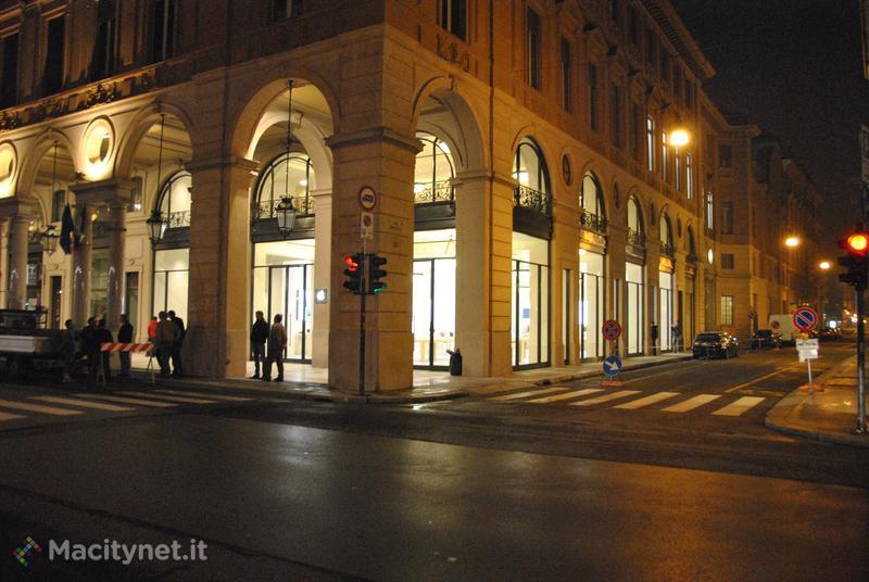 Apple Store torino12_1.jpg