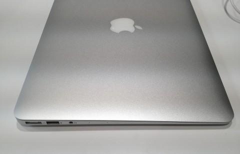 macbook air supporta UEFI