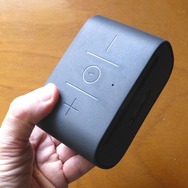 Logitech presenta in Italia gli accessori per la musica portatile, per iPad e il gaming
