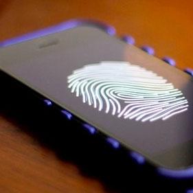 Lettore impronte digitali iPhone 5S, nel codice di iOS 7 beta la prova