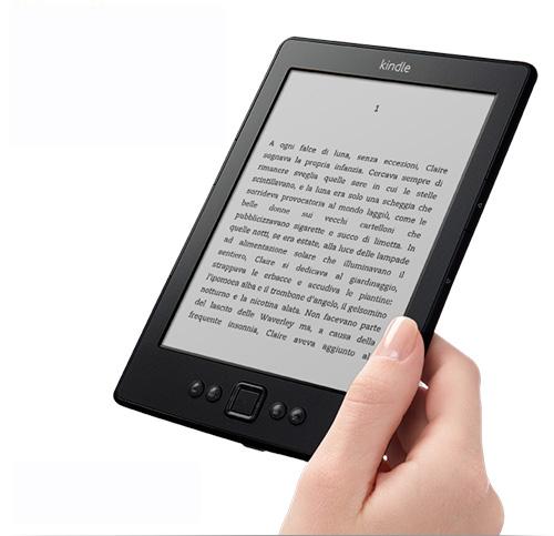 Kindle in sconto, il lettore di eBook Amazon ora costa solo 69 euro