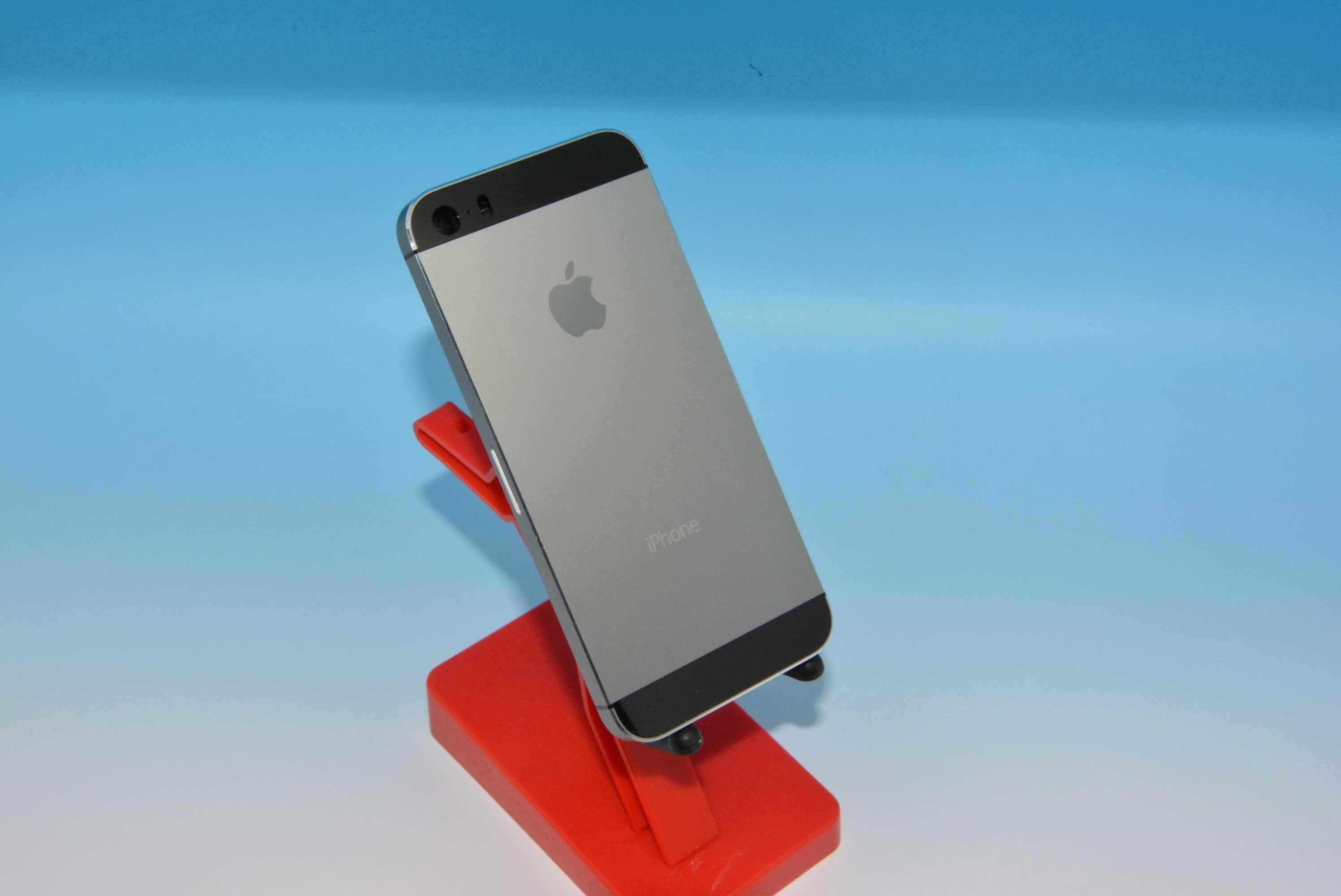 iPhone 5S grigio: nuova variante cromatica in arrivo?
