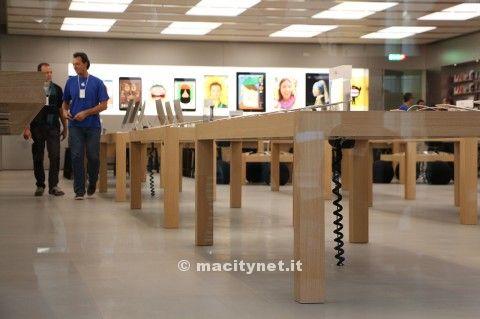 Apple Store Rimini inaugurazione