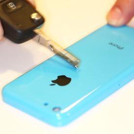 Il dorso di iPhone 5C resistente a graffi e scalfitture