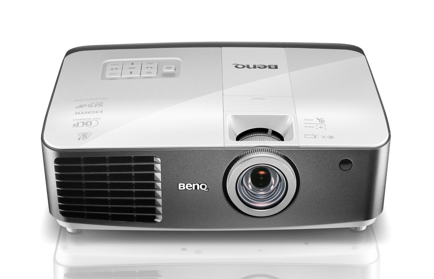 BenQ W1500, proiettore con ricevitore wireless Full HD integrato