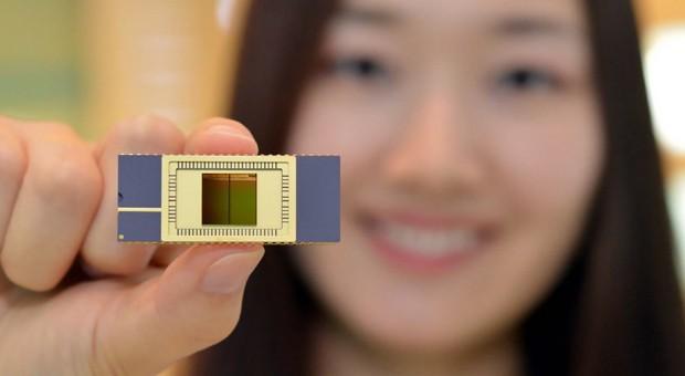 Samsung avviata la produzione di memorie NAND Flash 3D in verticale