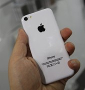 iPhone 5C e iPhone 5S cover da Benjamins a IFA 2013