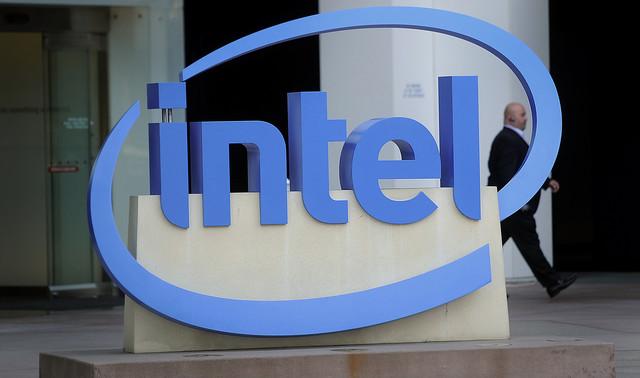 Anche Intel vuole produrre uno smartwatch?