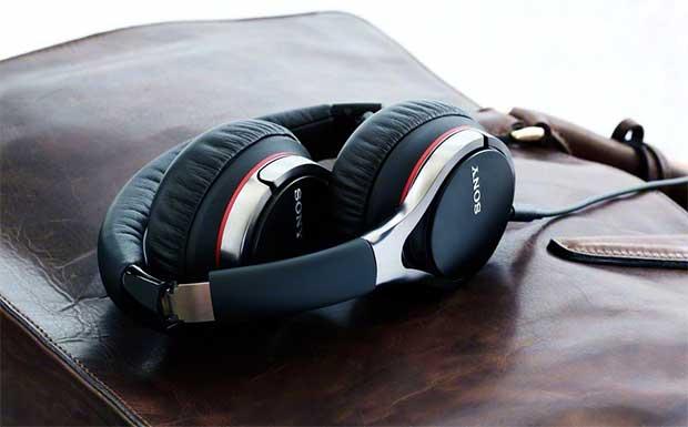 SonyMDR10-2