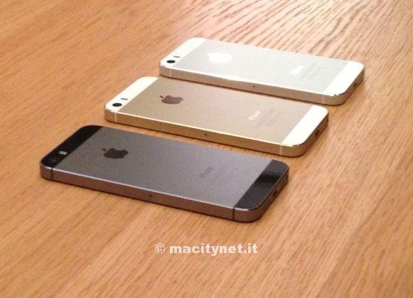 Le prime foto di iPhone 5C dal vivo