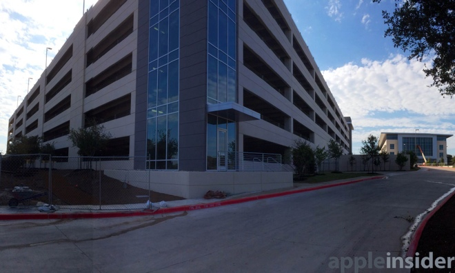 campus apple austin 1