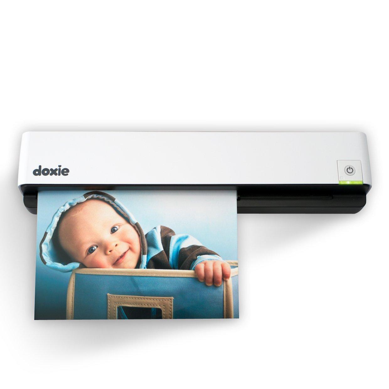 Doxie Go, lo scanner portatile che digerisce la carta, in sconto su StackSocial