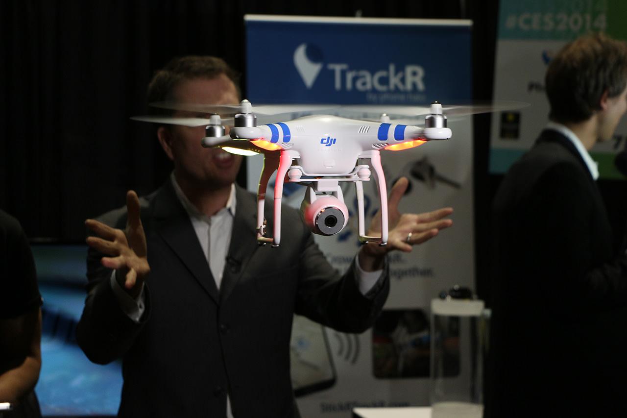 CES 2014, DJI Phantom 2 Vision il drone per riprese video HD