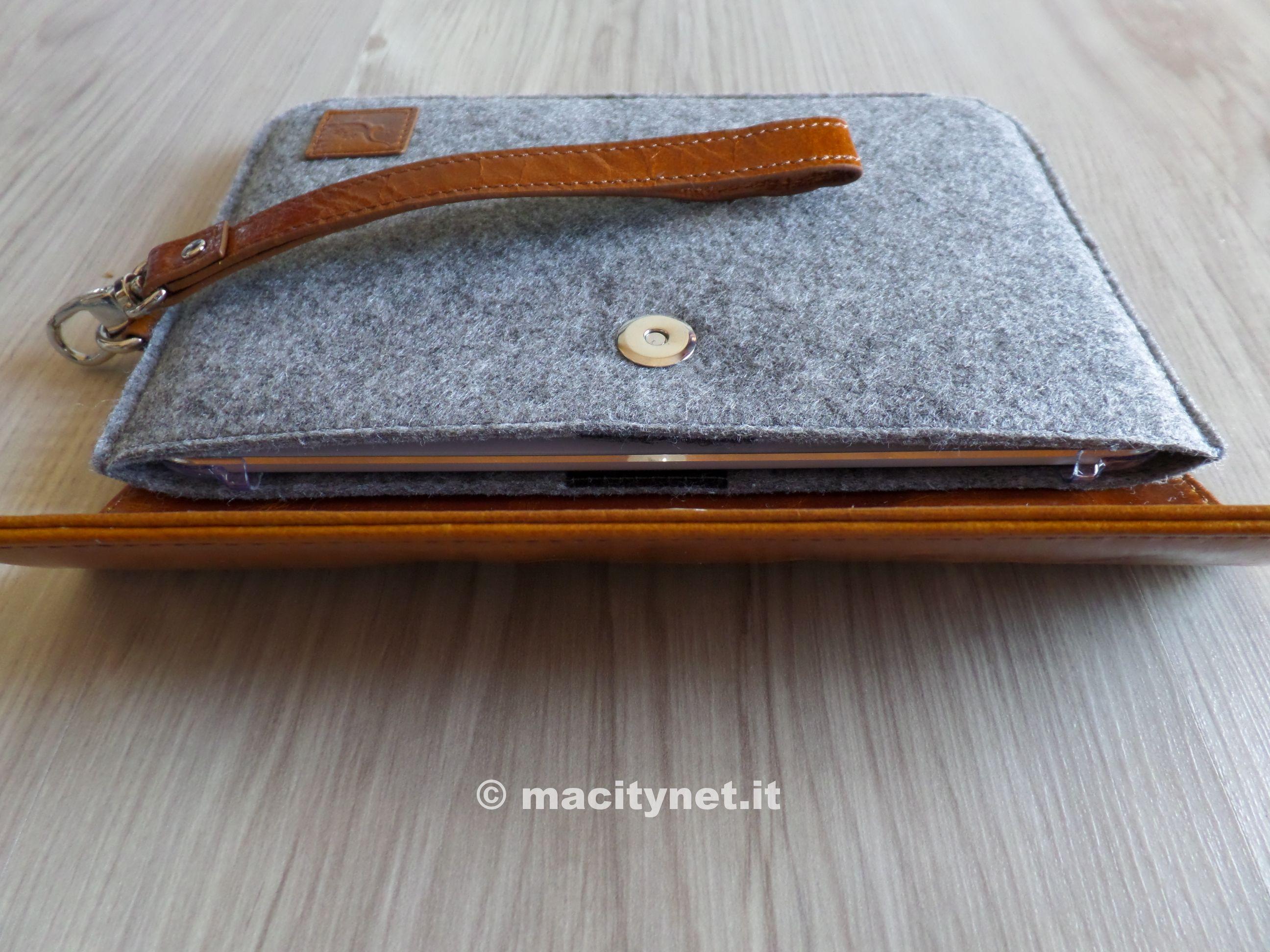 Custodia a libro in pelle sintetica per iPhone 6/6s di Gecko