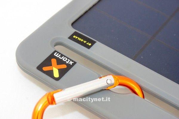 Pannello Solare Autocostruito Con Meno Di 50 Euro : Recensione yu charge due in uno batteria e pannello