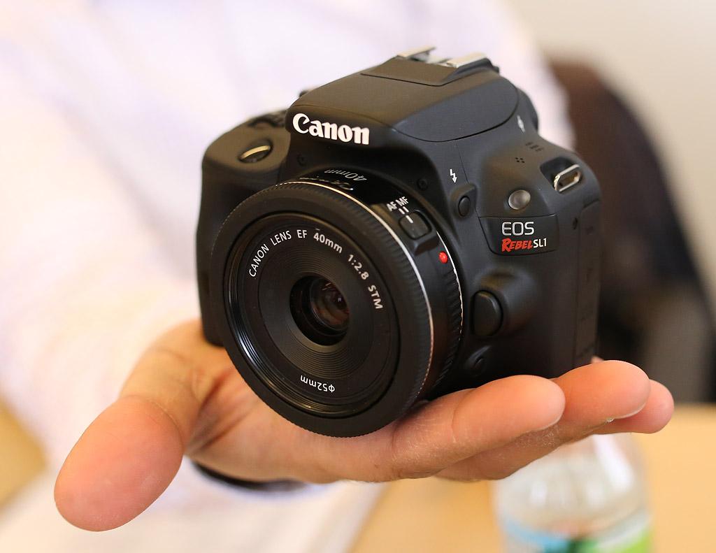 Canon-SL11