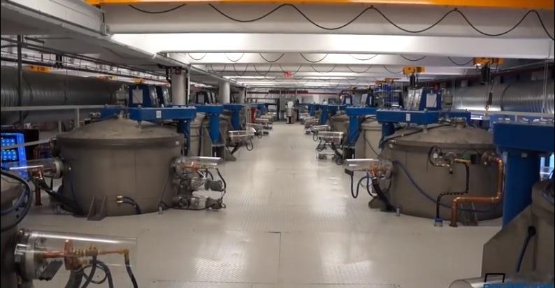 Forni per la produzione del vetro zaffiro