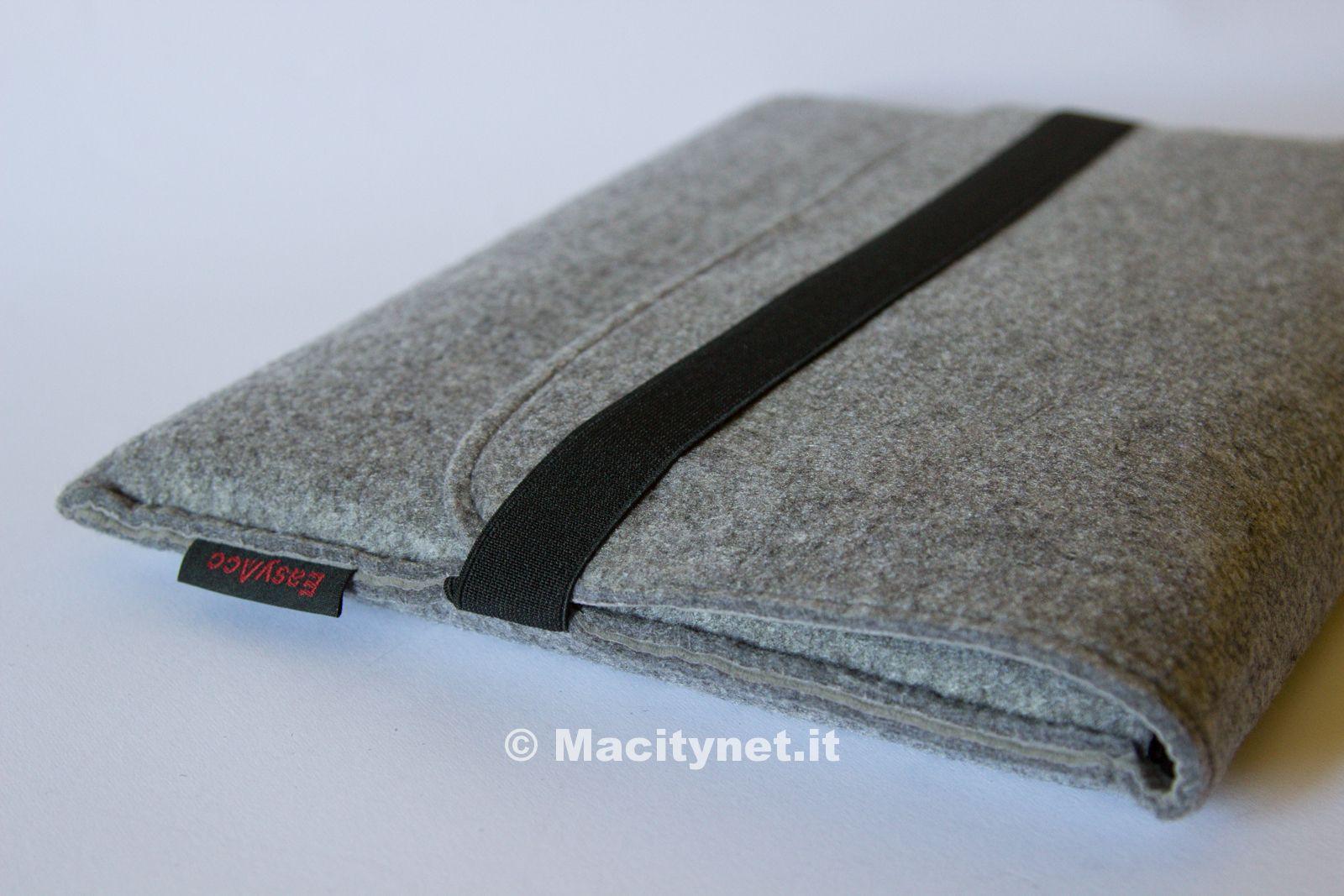 Recensione custodia easyacc la borsa in feltro con tasche for Bagaglio a mano con custodia per laptop rimovibile