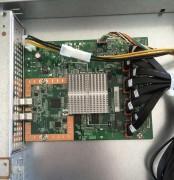 La piccola scheda madre con il firmware e il chip che si occupa del RAID hardware