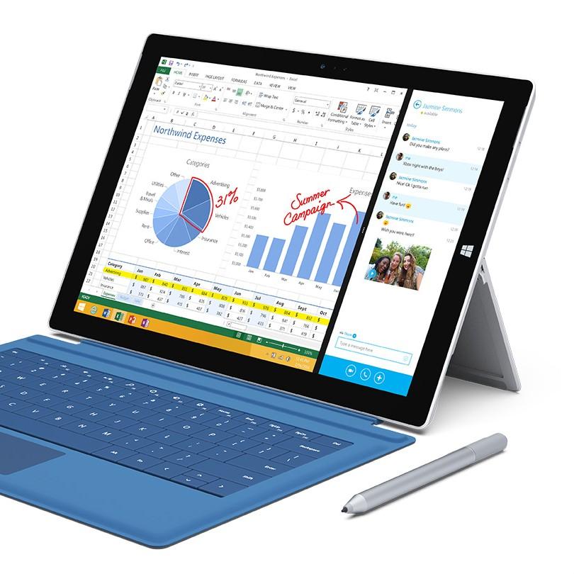 Microsoft sponsorizza l'NFL con Surface, ma per i telecronisti: «è un coso tipo iPad