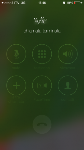 tasto accensione spegnimento iphone
