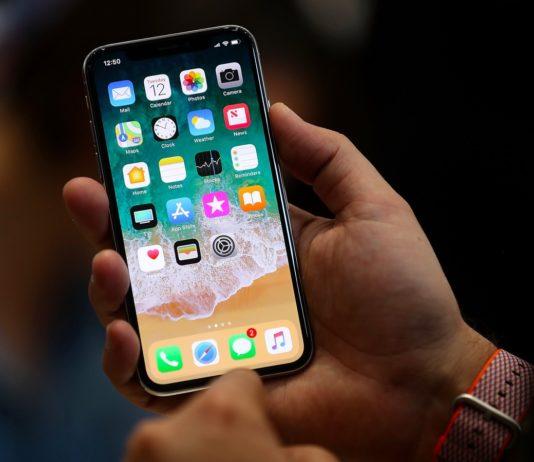 iphone se2 download bloccato delle app su iPhone e iPad