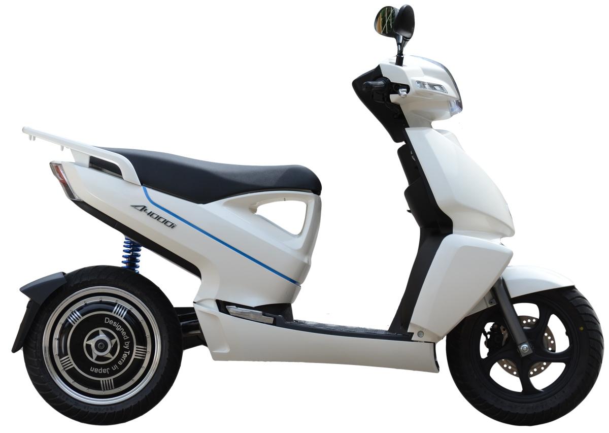 A4000i lo scooter elettrico che fa risparmiare ha il for Quanto costa 10000 piedi quadrati