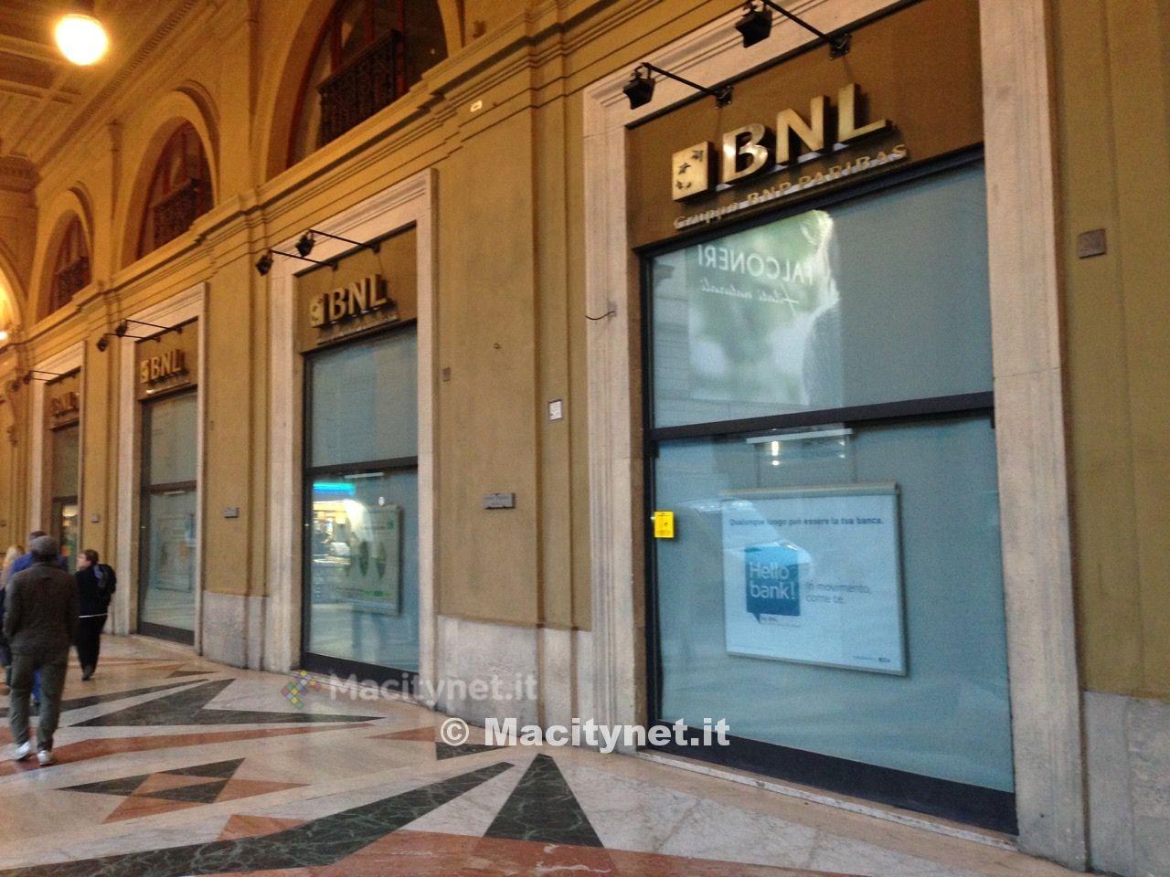 Apple store Firenze 1 ok water