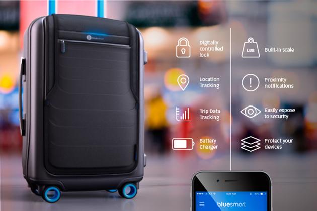 BlueSmart, la valigia con GPS, batteria d'emergenza e lucchetto digitale
