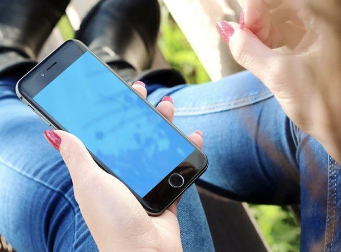 Impedire l'accesso ad alcune foto su iPhone: come fare