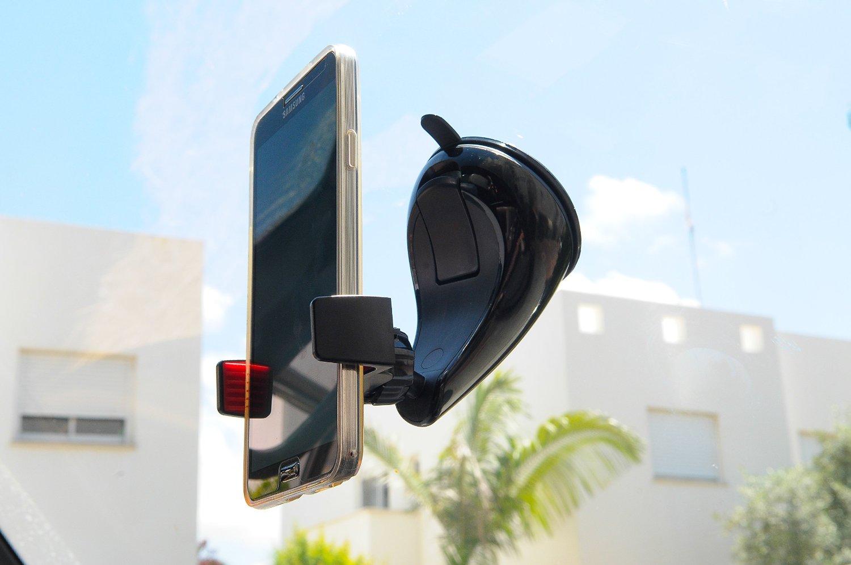 Solo 19 euro per Montar, il miglior supporto smarphone in auto: lo sconto scade domani