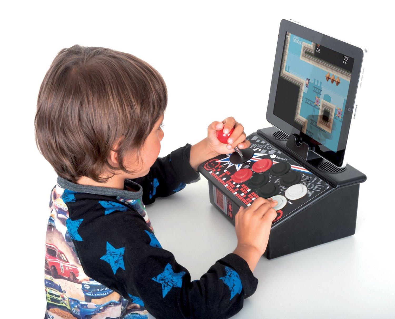 10 idee regalo per bambini giochi hi tech da mettere for Regali bambino 8 anni
