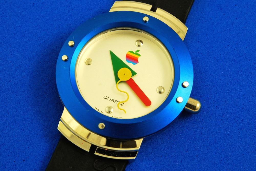 Il primo Apple Watch? È del 1995 ed è di nuovo in vendita