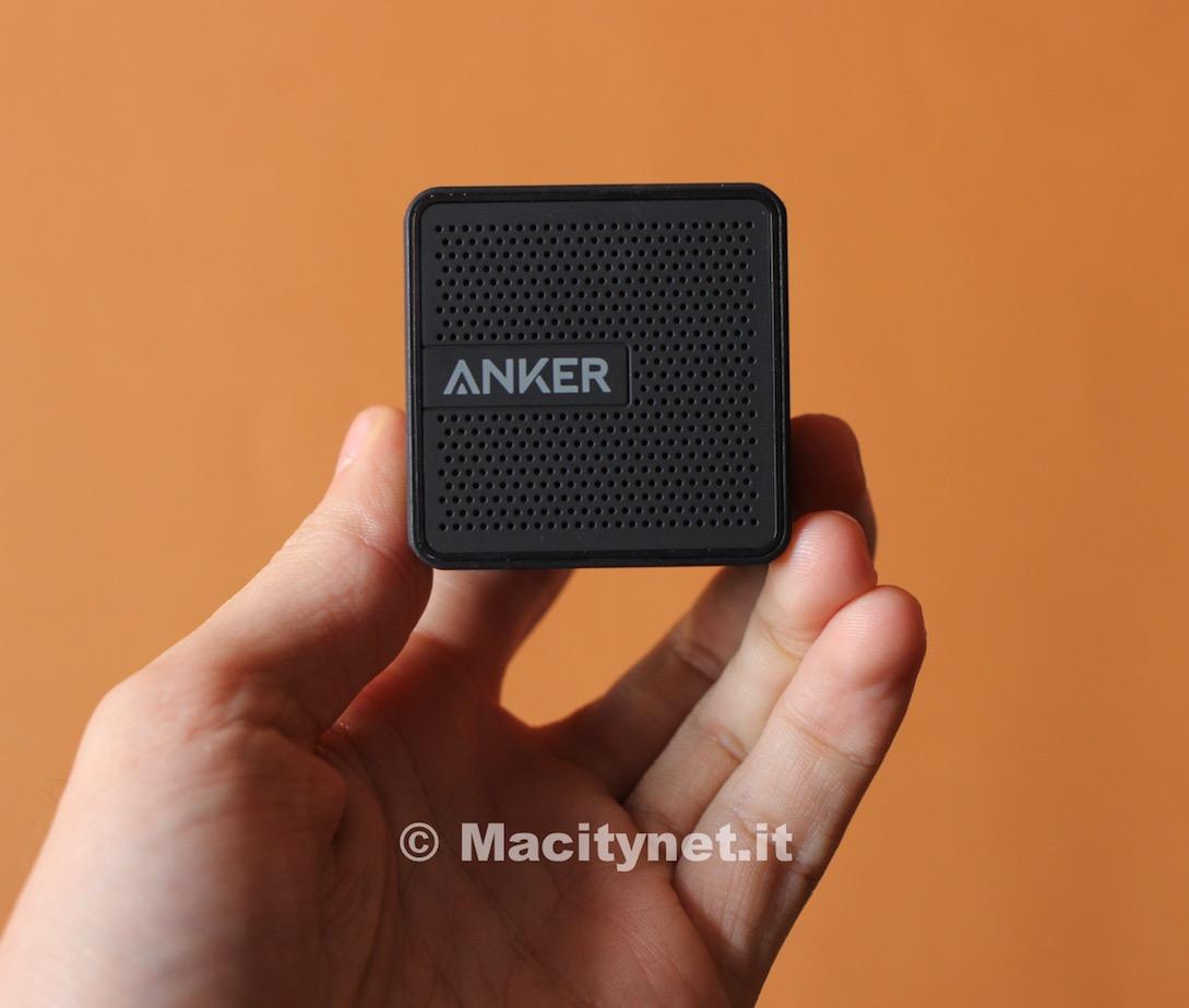 Recensione Anker Pocket, il mini altoparlante che suona come uno maxi