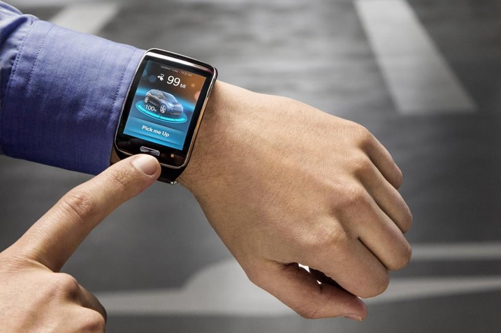 auto che parcheggia da sola BM i3 bmw-smartwatch