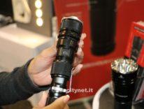 Relic XR: la torcia di Rambo da 1.000 lumen che ricarica iPhone