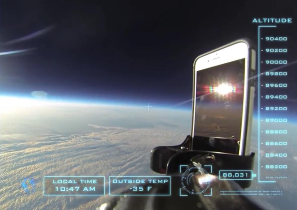 iPhone 6 lanciato dallo spazio resiste alla caduta grazie alla cover, il video