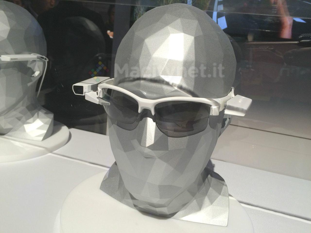 Sony SmartEyeglass Attach 4