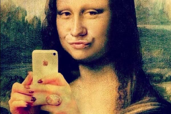 Scattare il selfie perfetto, una piccola guida